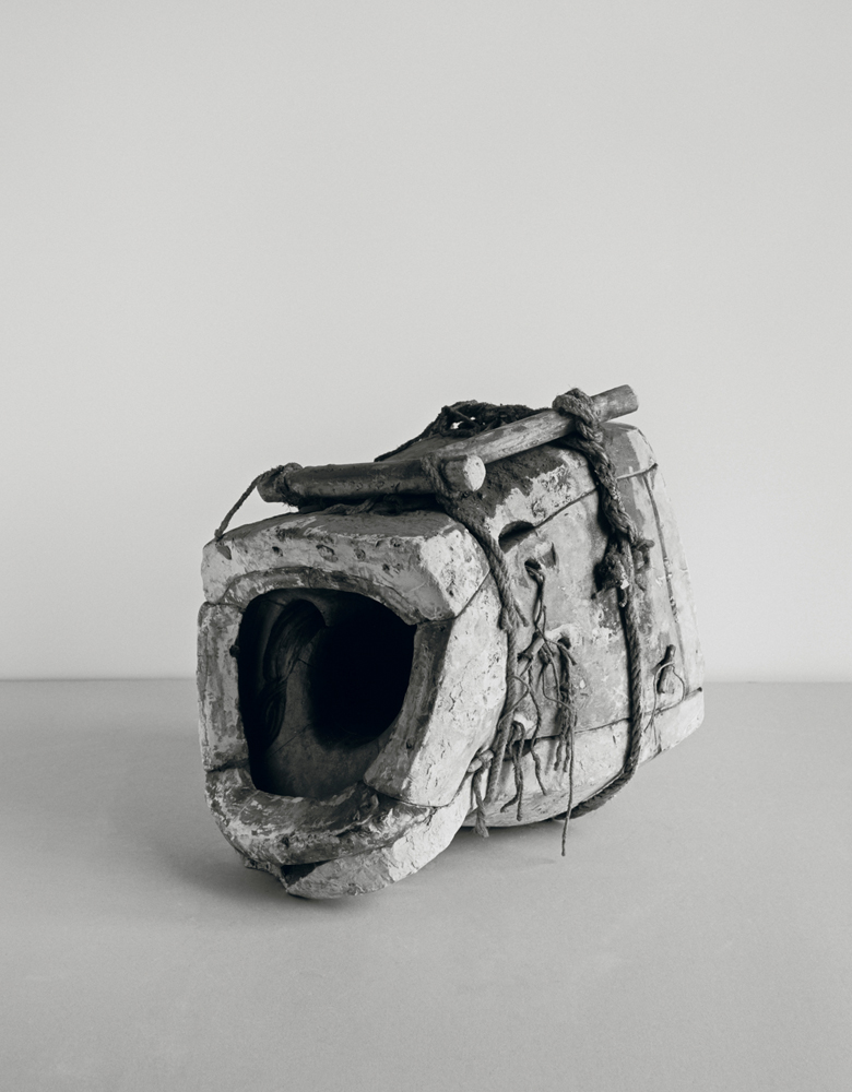 Johannes Wald, Broken Entity (Head of Aphrodite, 4th century B.C., marble, h. 40 cm, destroyed), 2016, silver gelatin print 120 x 106.5 cm unique work / Courtesy Daniel Marzona Gallery