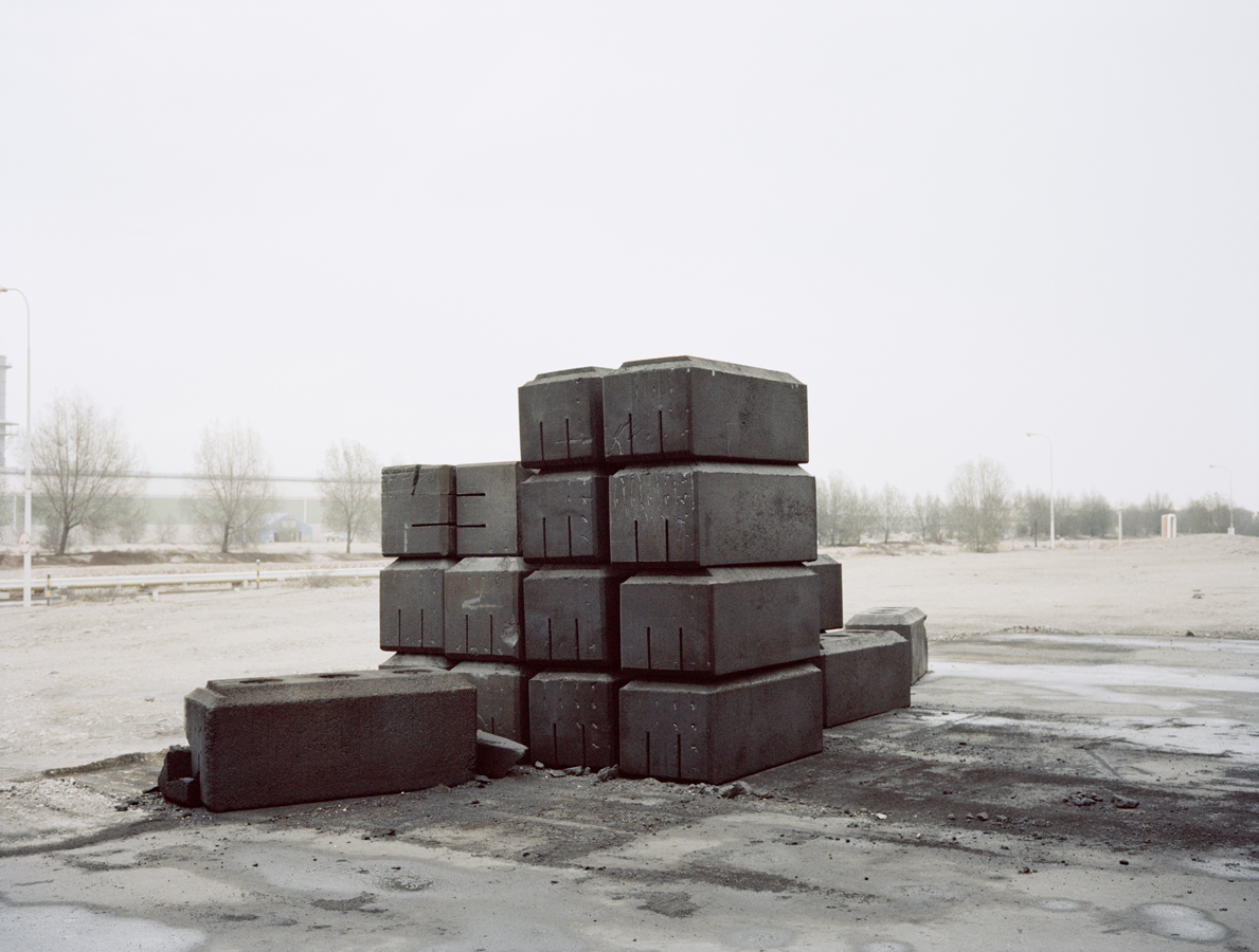 Armin Linke, Anode Carbon Blocks / Bahrain 2016 © Armin Linke, Photo: Courtesy of the artist