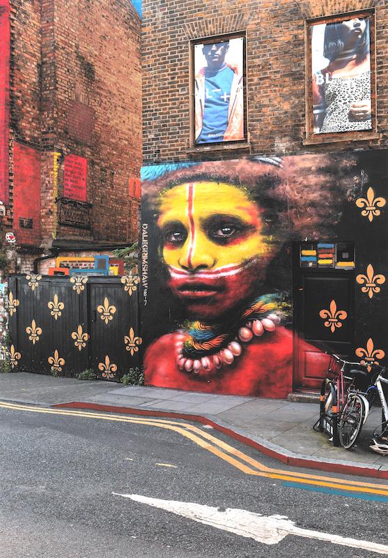 """© Anett Stuth, aus der Serie """"Fehlfarben"""", London Brick Lane, #1, 2017"""