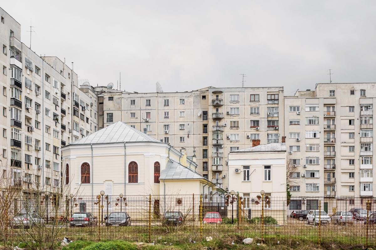 Große »Polnische« Synagoge, Bukarest, Serie Mobile Churches, 2013-2017 © Anton Roland Laub