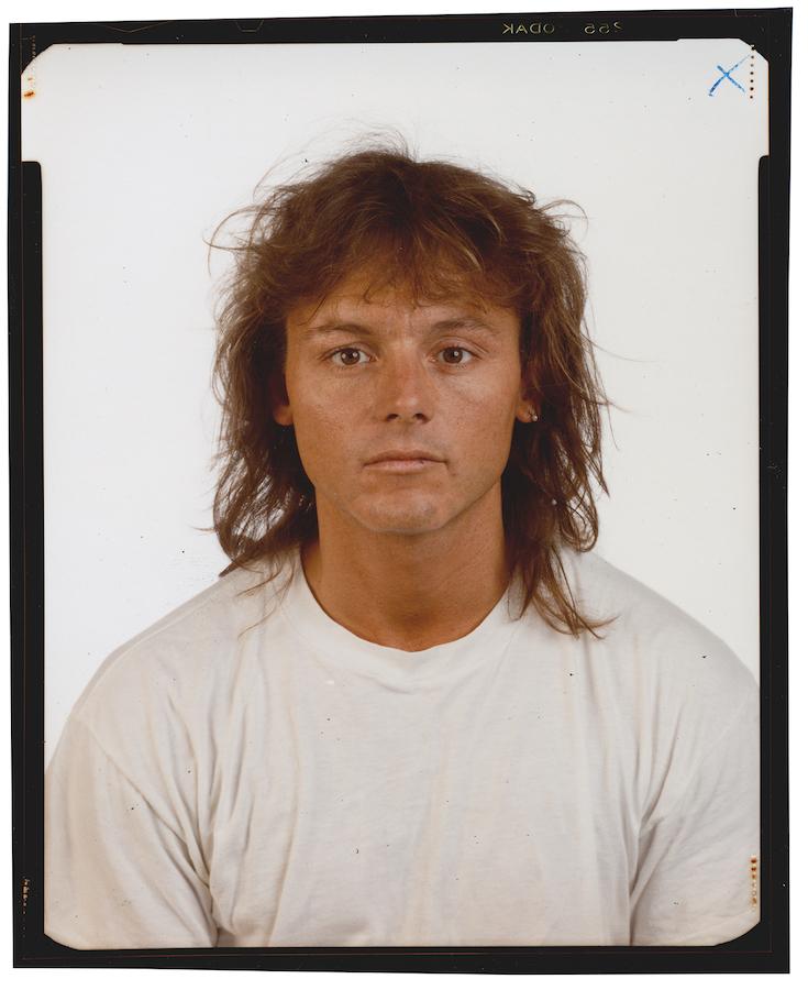 © Thomas Ruff, Family*5 , Rainer Mackenthun,  1989, Kontaktabzug vom 4 x 5 inch Negativ, chromogener Print, 59,5 x 49,5 cm. / Courtesy of the artist.