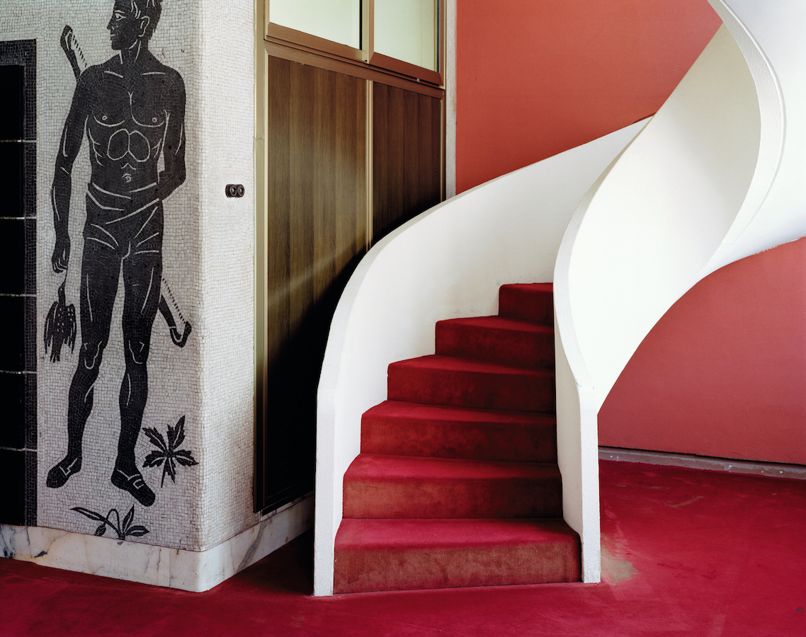 © Johanna Diehl, Foro Italico I, 2012, aus der Serie Romanità, C-Print, gerahmt, 72 x 91 cm, Courtesy die Künstlerin und Galerie Wilma Tolksdorf Frankfurt/Berlin