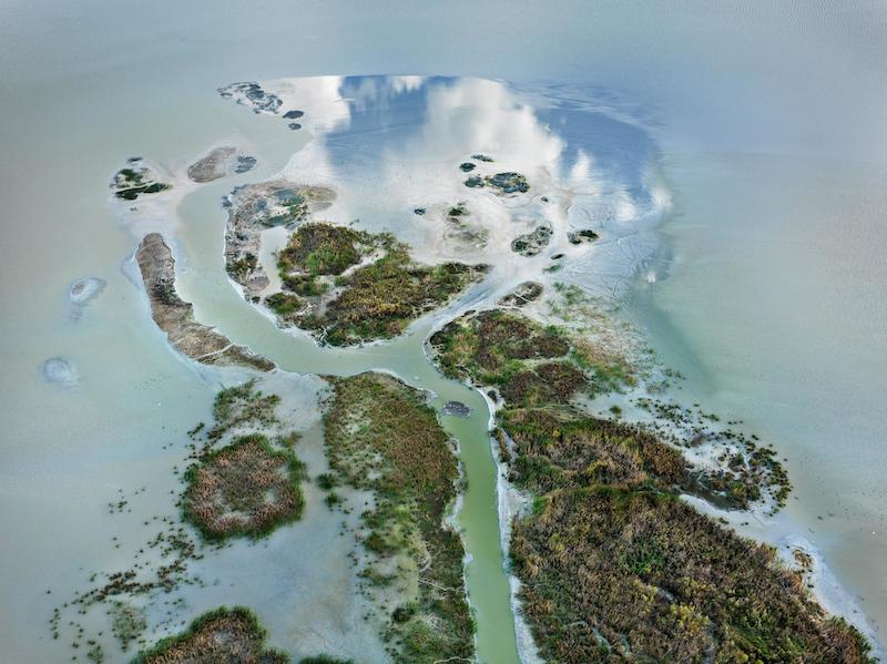 Christophe Guye Galerie © Edward Burtynsky, Phosphor Tailings 6, Near Lakeland Florida USA, 2012